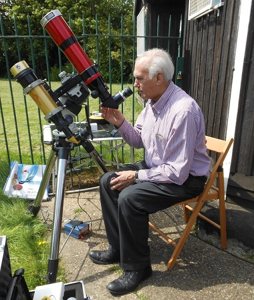 Brian Bond looking at sun through H alpha